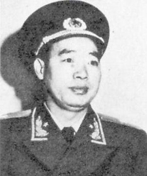 1955年,身着少将戎装的汪东兴